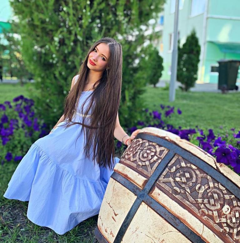 Малышке Маше из  Ворониных  исполнилось 17 лет. Как сейчас выглядит девушка (новые фото)