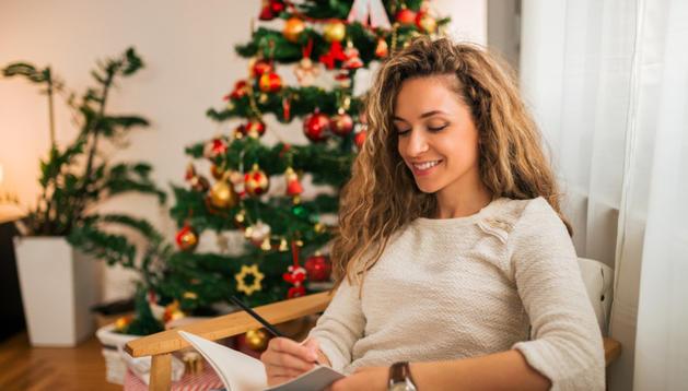 В сердцах женщин, рожденных в декабре, живет магия Нового года и сопровождает их на протяжении всей жизни