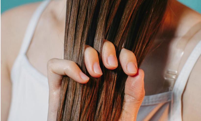 Если вы нанесете кондиционер не так, как привыкли это делать, получите эффект салонного ухода (волосы будут блестящими и очень мягкими)