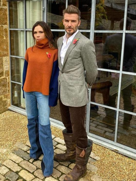 Виктория Бекхэм показала, какие джинсы носит. Многие уже отметили, что такие модели станут трендовыми
