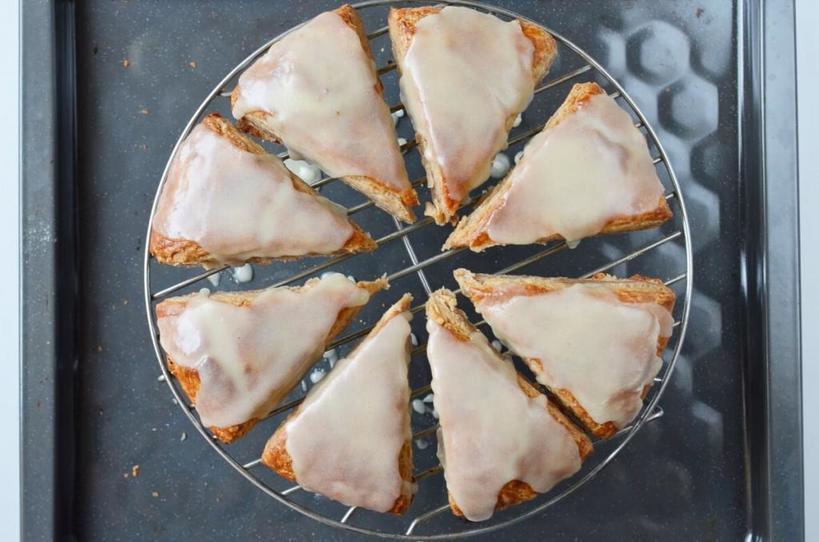 Не пряники, а целый пирог. Готовлю десерт с ароматной глазурью и специями