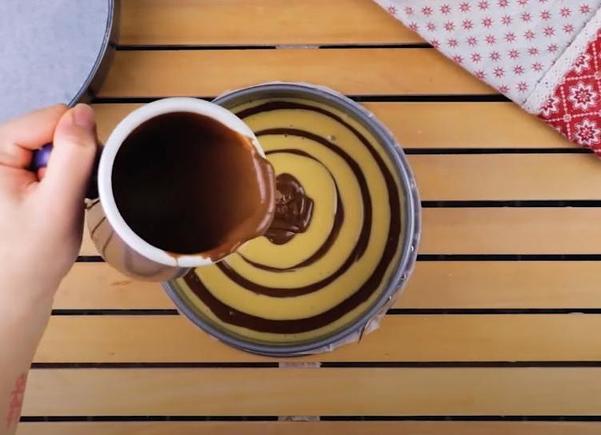 Бисквитный торт-пенек с
