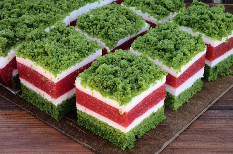 Когда зимой хочется красок, готовлю красивый торт  Майская трава : кусочек весны на столе