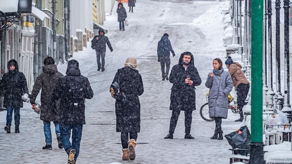 Зима уже здесь: Гидрометцентр предупредил об аномальных морозах на большей части России