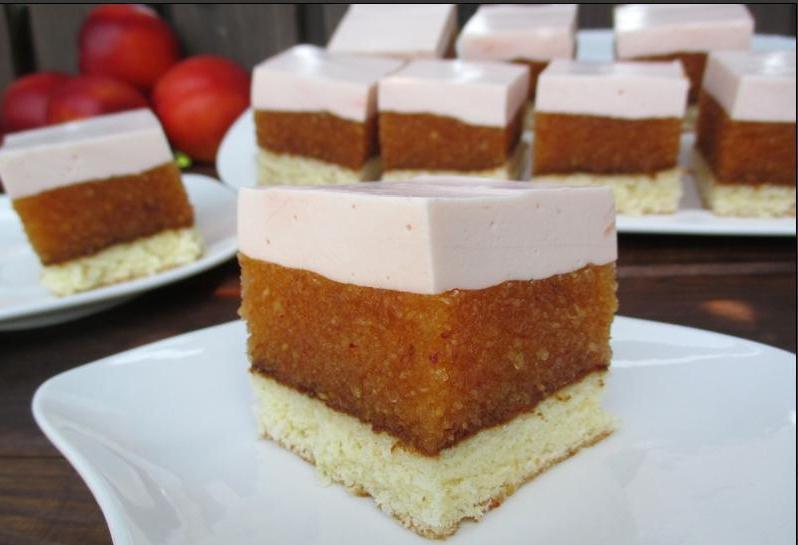 Трехслойный торт  Нектарин  – это десерт, который хочется есть без остановки: рецепт