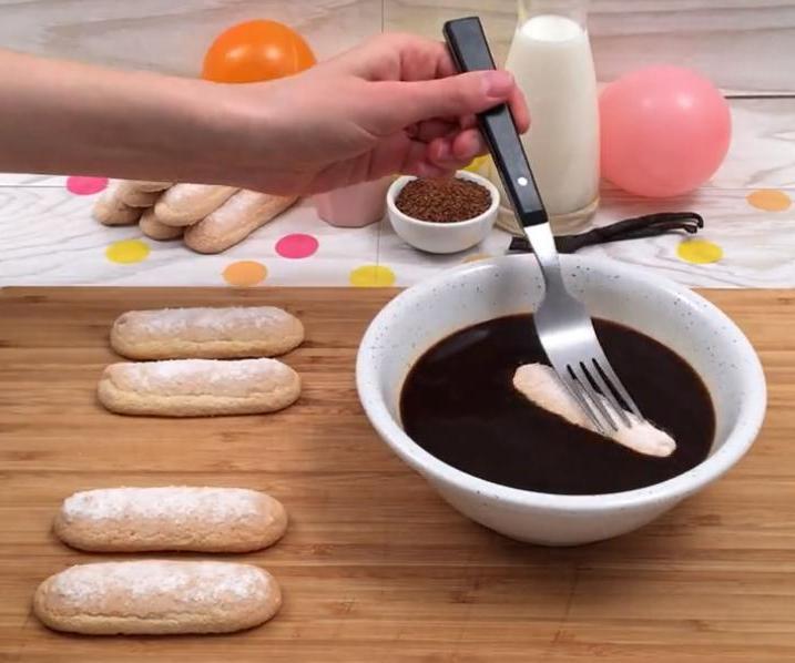 Праздничный десерт для гурманов-сладкоежек: готовим
