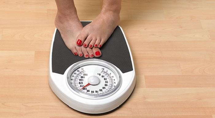 «Лишний вес среднего возраста»: писательница Сэм Райс разработала специальную диету для людей за 40