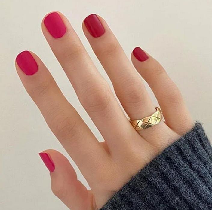 Симпатичные дизайны ногтей ко Дню святого Валентина в 2021 году