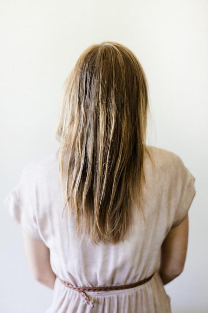 Научилась по новому укладывать волосы. Появляется дополнительный объем, который смотрится очень натурально: делюсь способом