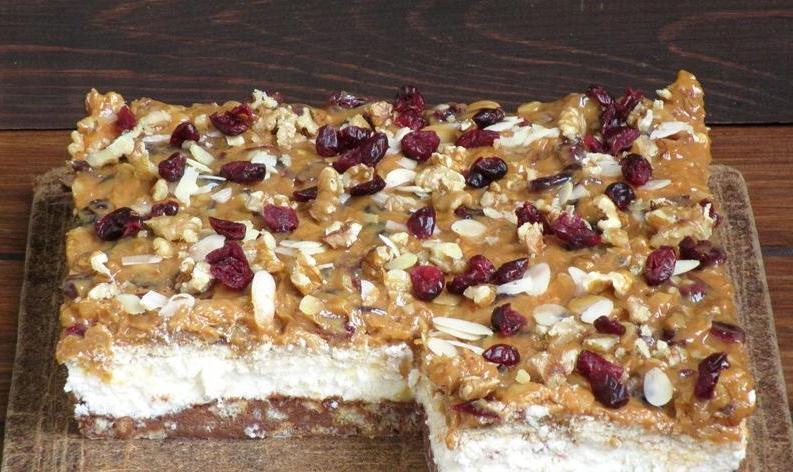 Когда хочется побаловать близких, делаю для них торт  Исида : готовится недолго и из простых продуктов