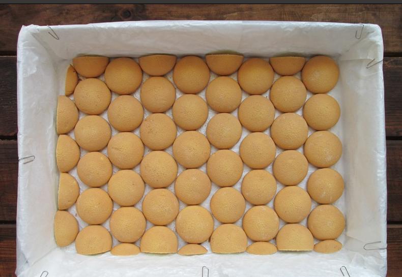 Торт с клубникой и сливочно-лимонным желе: рецепт без выпечки, который легко освоит любой