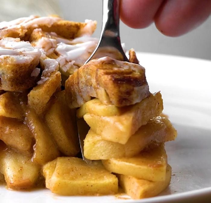 Аж слюнки текут: пеку невероятно красивый яблочный пирог из слоеного теста