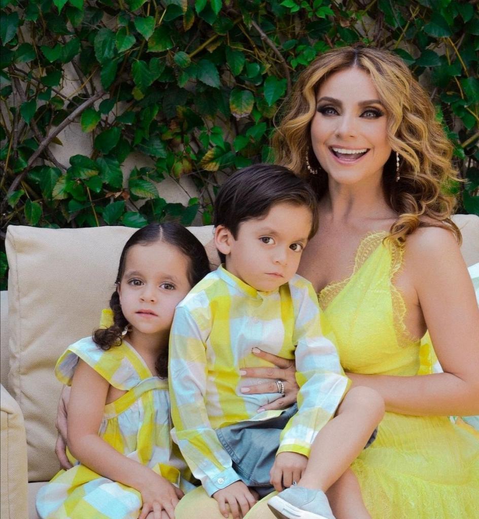 Пять лет назад харизматичная актриса мексиканского кино родила близнецов: как дети выглядят сейчас