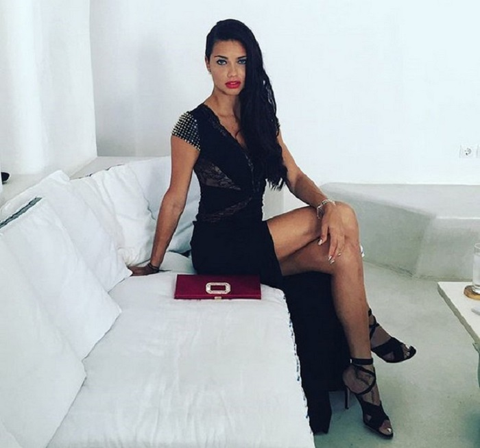 Как быть похожей на бразильскую супермодель Адриану Лиму: секреты привлекательности одной из самых красивых женщин планеты