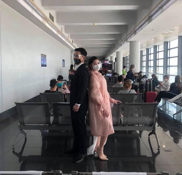 Любовь витает в воздухе: филиппинская пара решила поделиться своим самым счастливым днем со 130 пассажирами, летевшими на Боракай