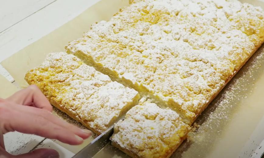 Песочный пирог делаю не как все, с вареньем, а с кокосом: хороший десерт для тех, кто любит кокосовую выпечку