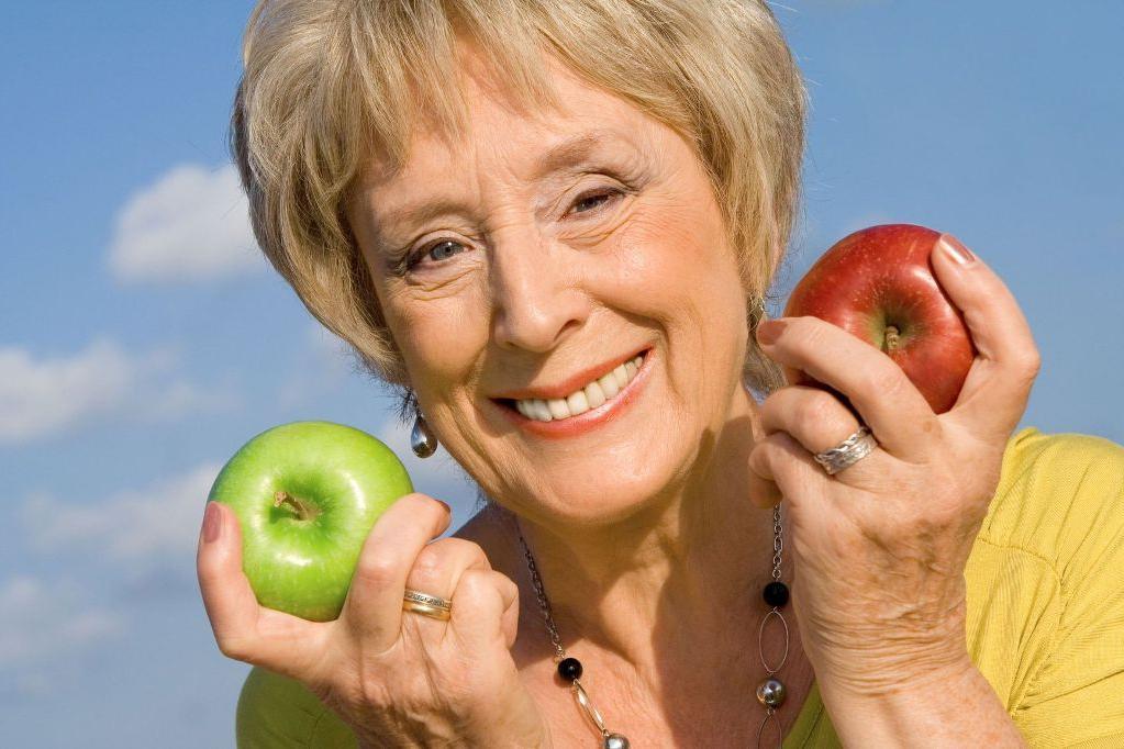 Оттягиваем старение: 5 привычек, которые не провоцируют появление глубоких морщин