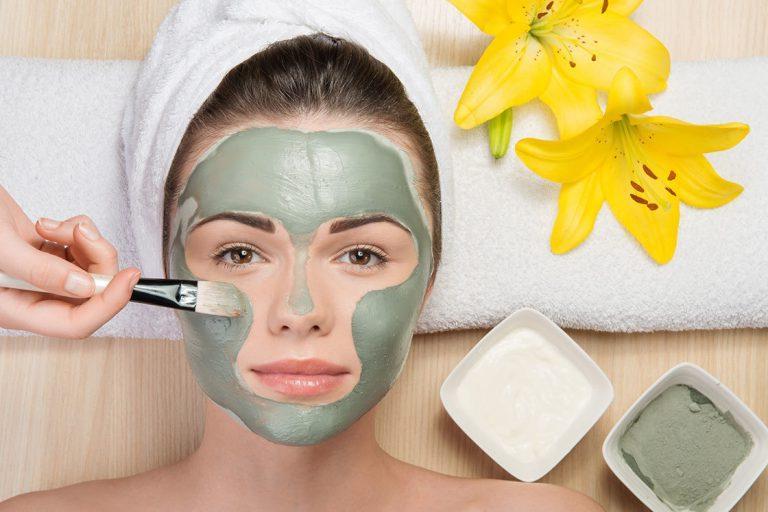 Томаты плюс клубника и еще три простые маски для лица, которые легко можно сделать в домашних условиях
