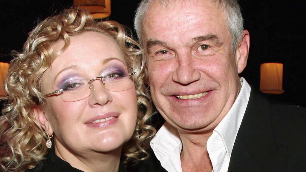 Брак Сергея Гармаша и Инны Тимофеевой считают одним из самых крепких среди актерских союзов. Как выглядит жена актера, с которой он прожил более 36 лет