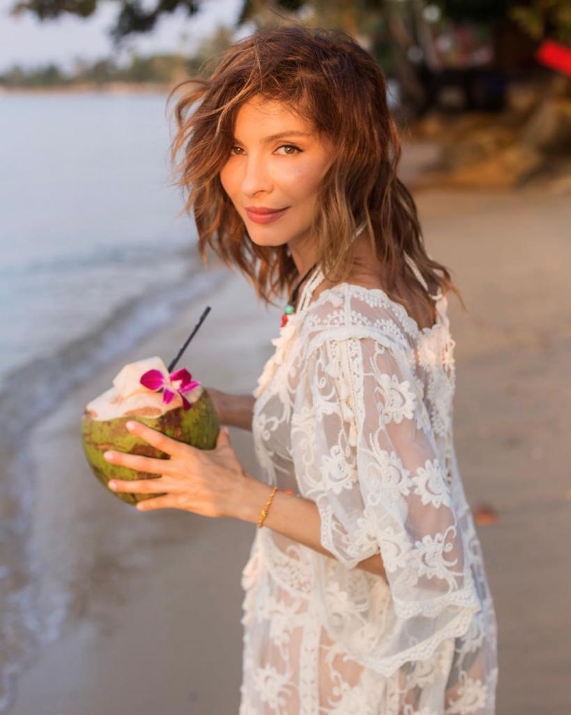 Танцы, йога и каша на воде без сахара: секреты красоты актрисы Елены Подкаминской
