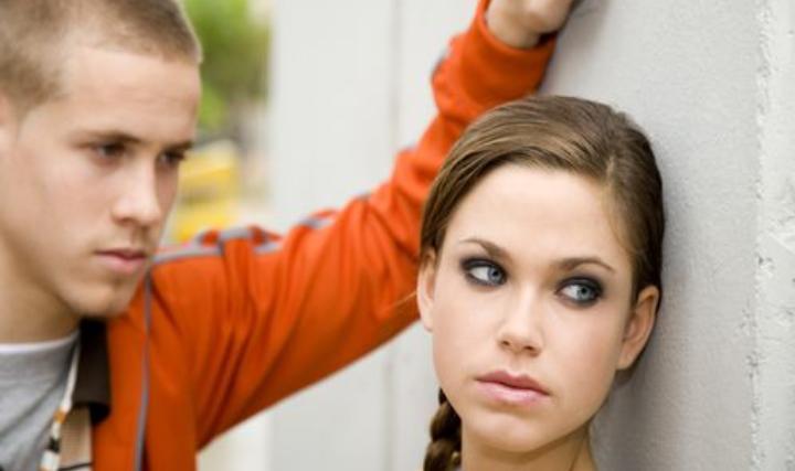 Подозрительность Рака все портит: какие черты характера знаков зодиака губят их отношения