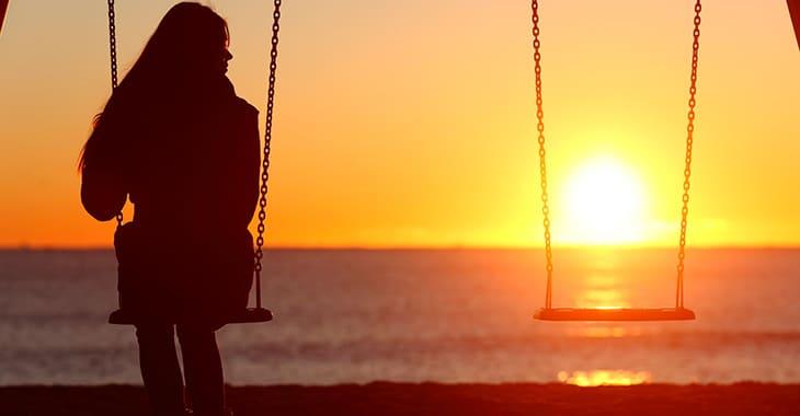Есть люди, которые любят одиночество: астрологи назвали 3 таких знака зодиака