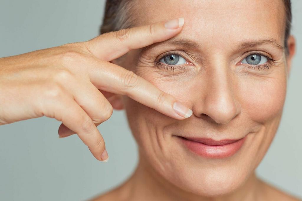 Нависшие веко старит женщину: простое упражнение, которое вернет молодость взгляду