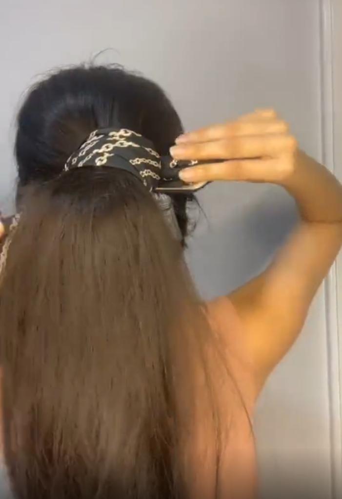Наращивание из собственных волос: англичанка 8 месяцев собирает выпавшие волосы