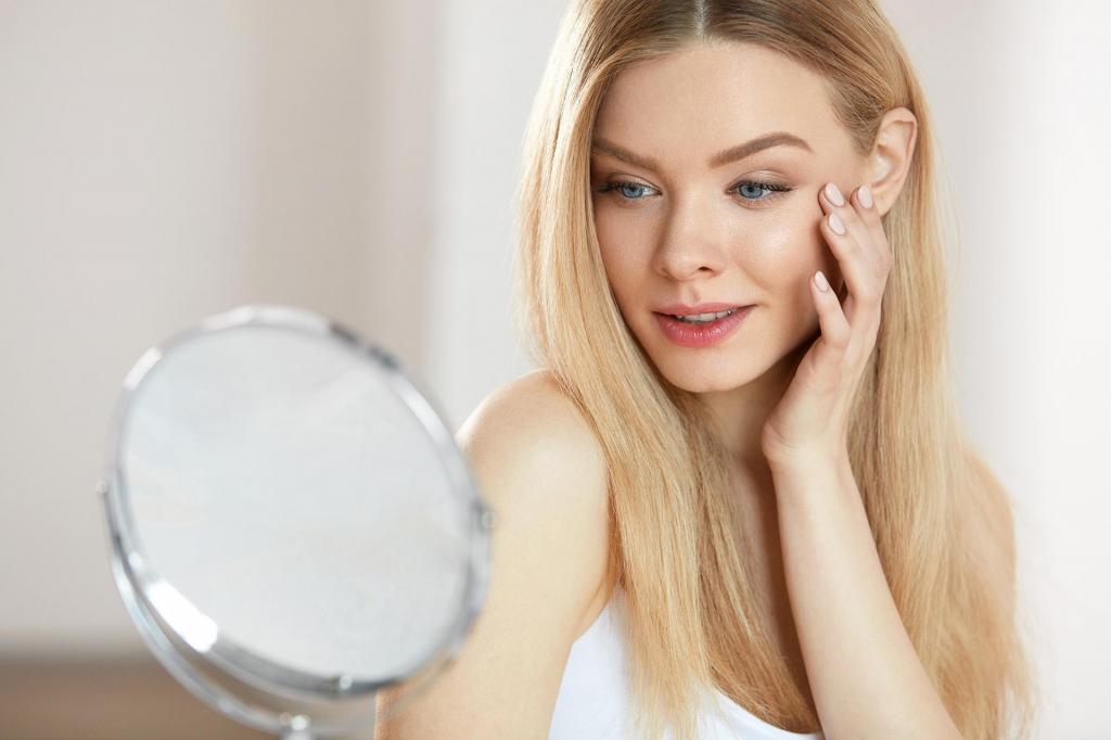 Как справиться с акне в зрелом возрасте: ретинол и другие эффективные средства для чувствительной кожи