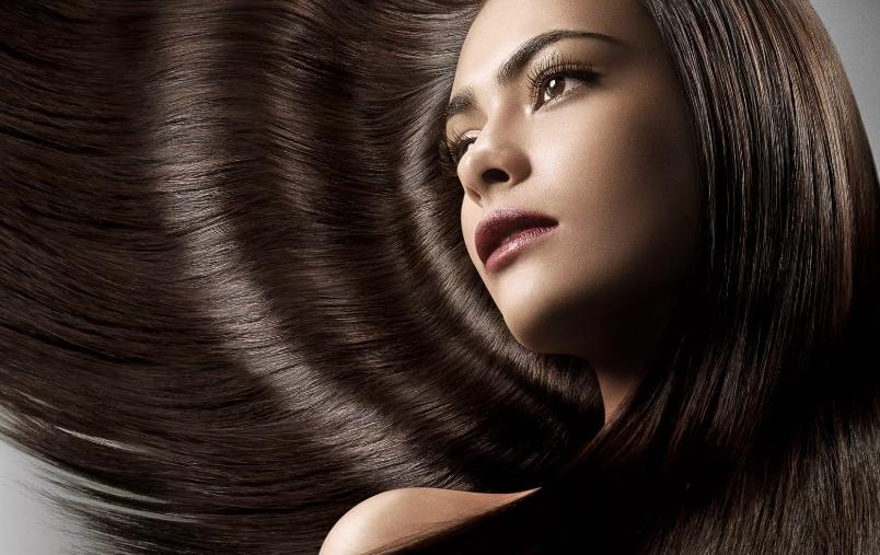 Весна — самое подходящее время напитать волосы изнутри: что надо есть, чтобы они были густыми и здоровыми