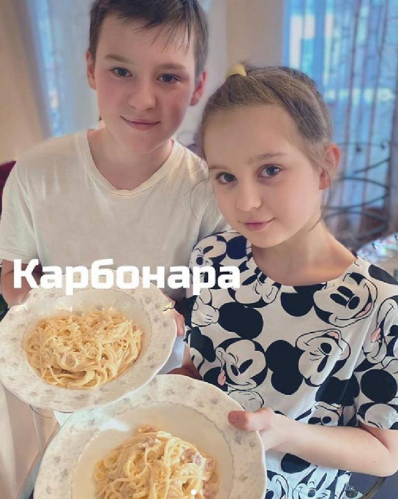 Кстати, все готовят ее по разному : Ирина Слуцкая поделилась рецептом приготовления вкусной пасты