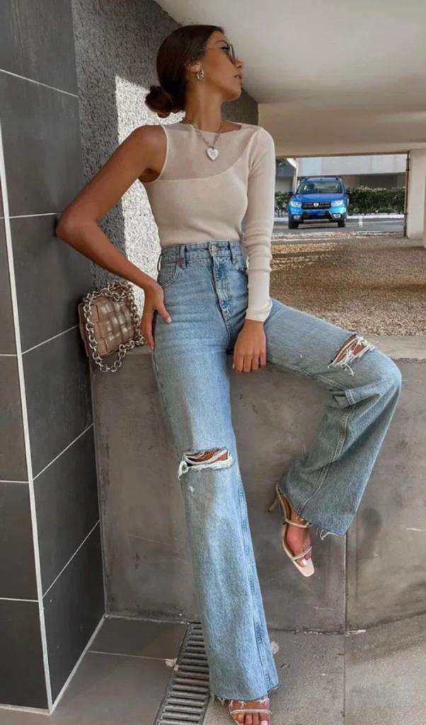 Комфорт - ключевое слово в этой комбинации: какую обувь носить этой весной с трендовыми широкими брюками (советы и примеры)