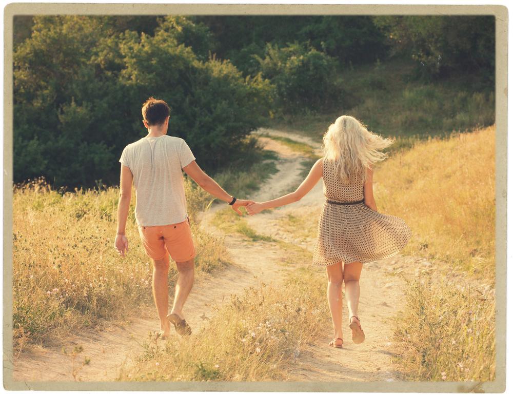 Тельцам лучше не думать о серьезных отношениях до августа: любовный гороскоп на лето 2021