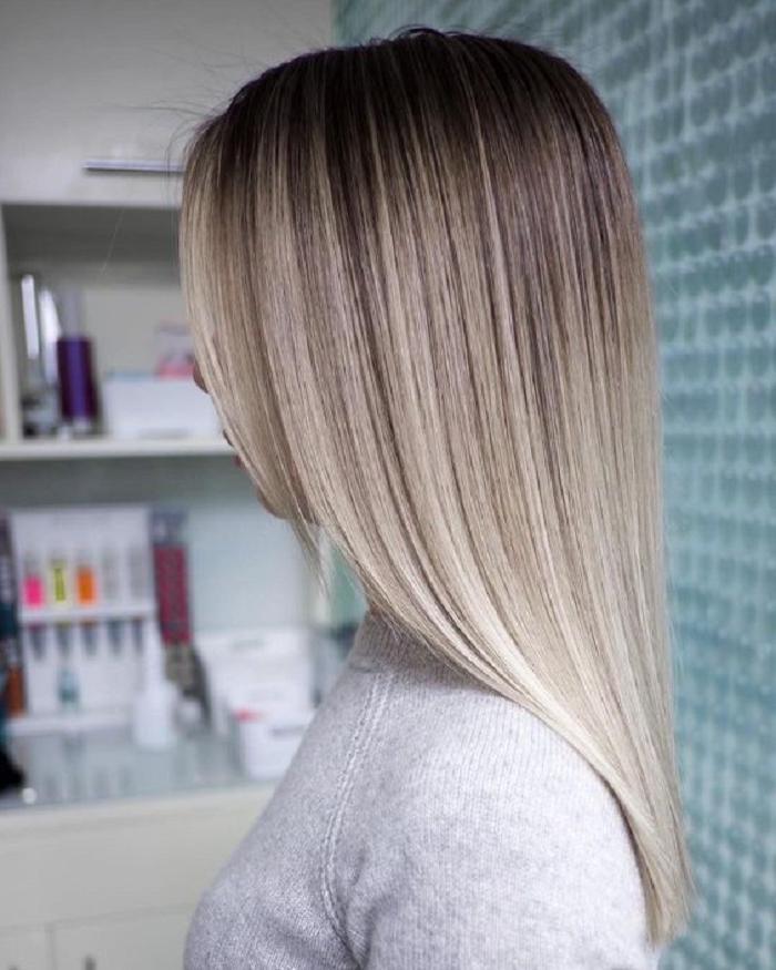 Серебристо-русый — тренд 2021 года в окрашивании волос (несколько примеров с фото)