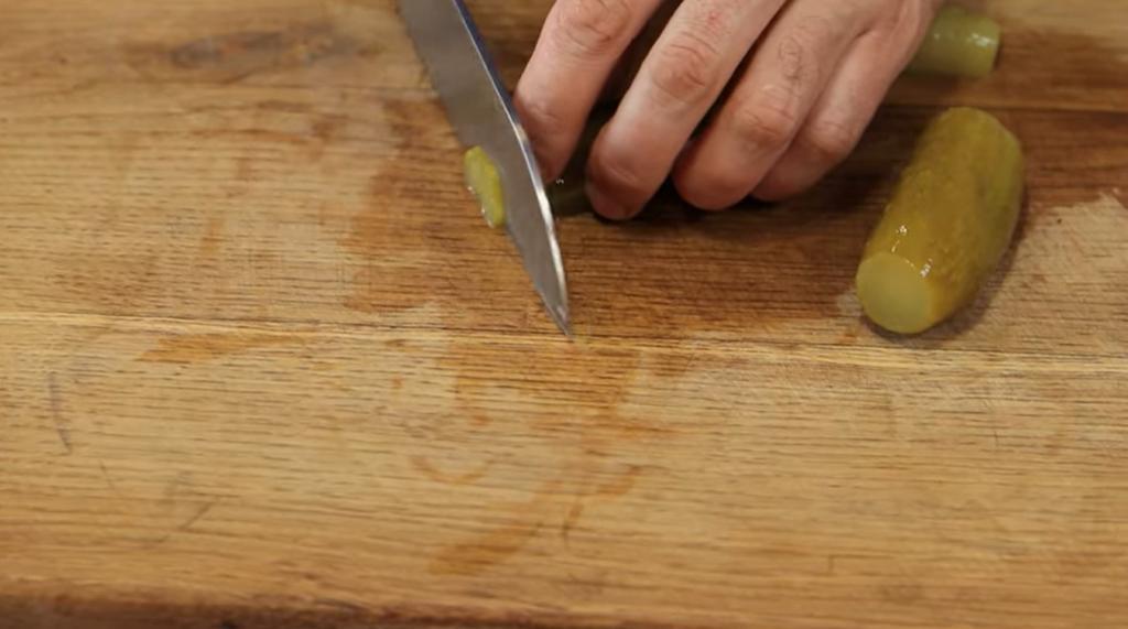 Кто бы мог подумать, что сочетание получится таким выигрышным: берем редис и яблоко