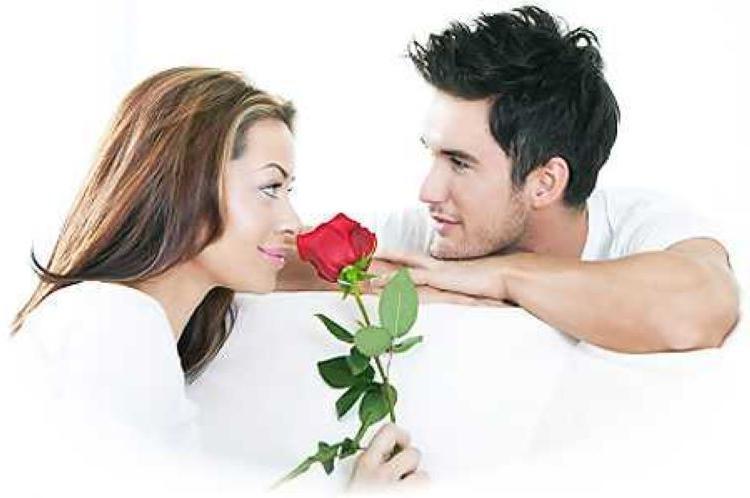 Как нужно себя вести женщине, чтобы стать желанной для мужчины, а не удобной