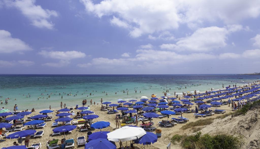Не нужно уходить на самоизоляцию: на Кипре рассказали о послаблениях для туристов, которые вводятся с 10 мая