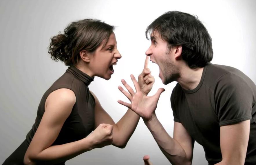 Романтические отношения разрываются с треском, а дружба заканчивается тихо