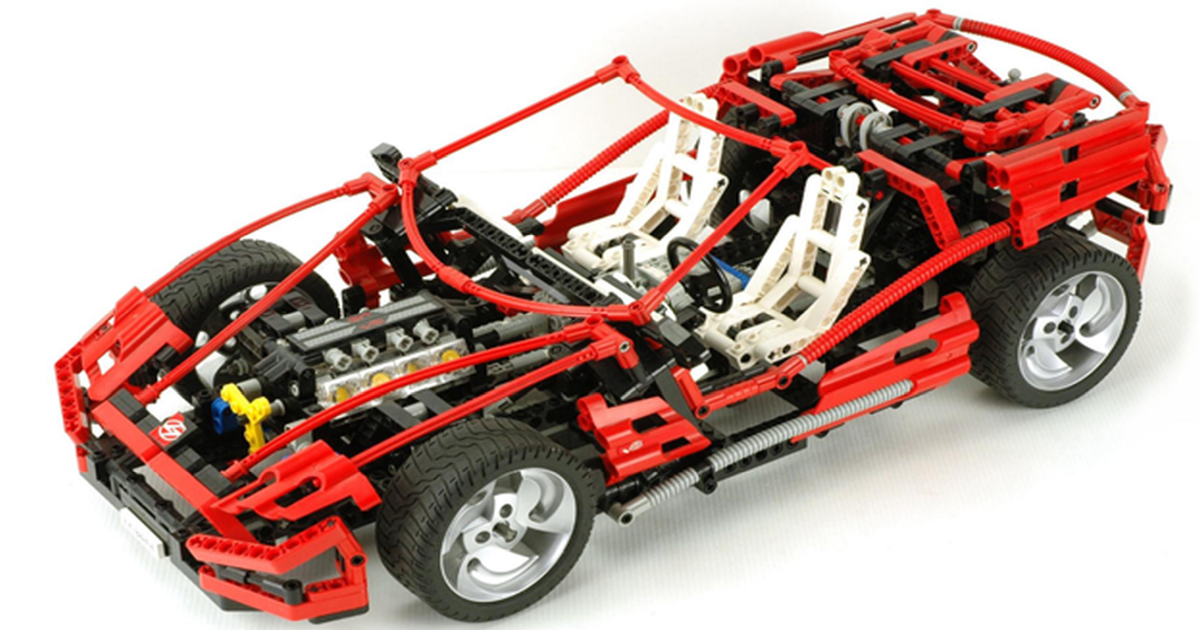 Собери свою коллекцию: история суперкаров в наборах LEGO