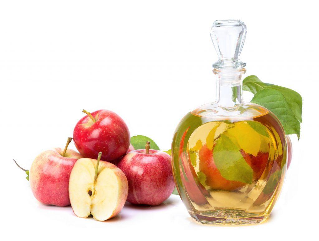 Вода и пять ингредиентов: самые простые домашние тоники для разных типов кожи