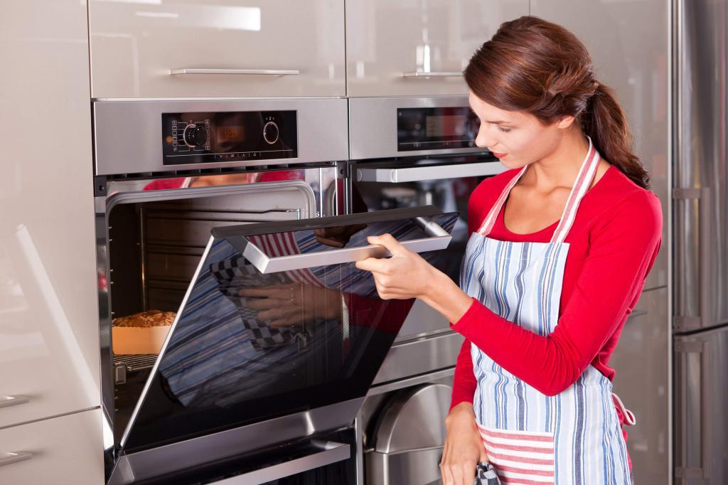 Работа над ошибками: проблемы при выпечке бисквита и советы по их исправлению