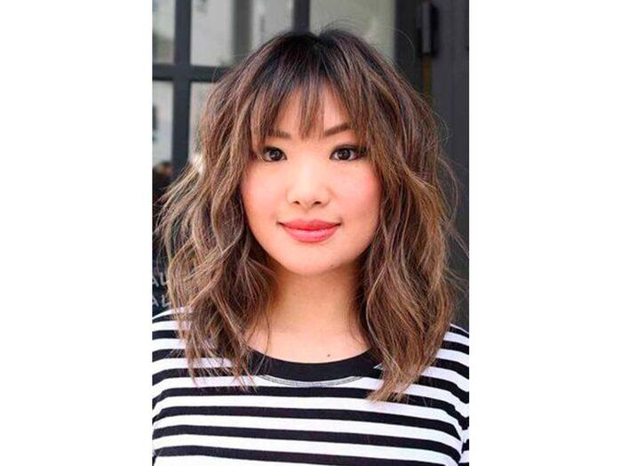 Как выбрать челку на недлинные волосы по типу лица и как ее носить: советы и примеры