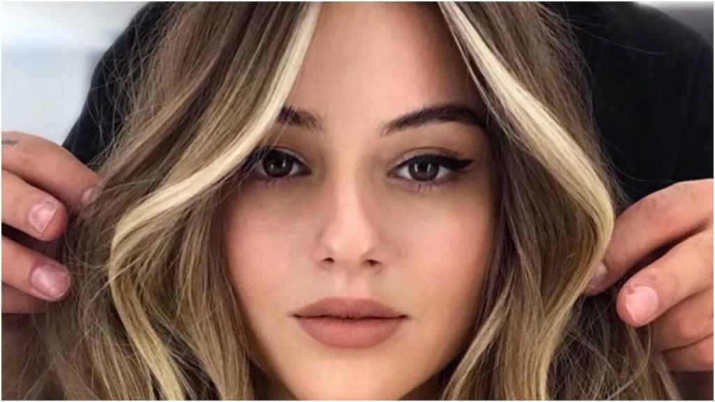Мелирование - хорошо, а вот face framing лучше: эту технику окрашивания волос легко освоить самому