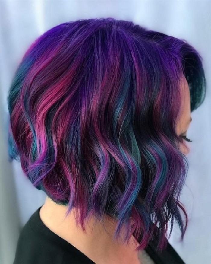 Для самых смелых, не боящихся кардинальных изменений: несколько идей окрашивания волос в оттенках Galaxy