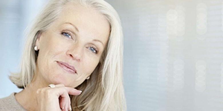 Как женщинам в возрасте правильно красить ресницы, чтобы их казалось больше, чем есть на самом деле