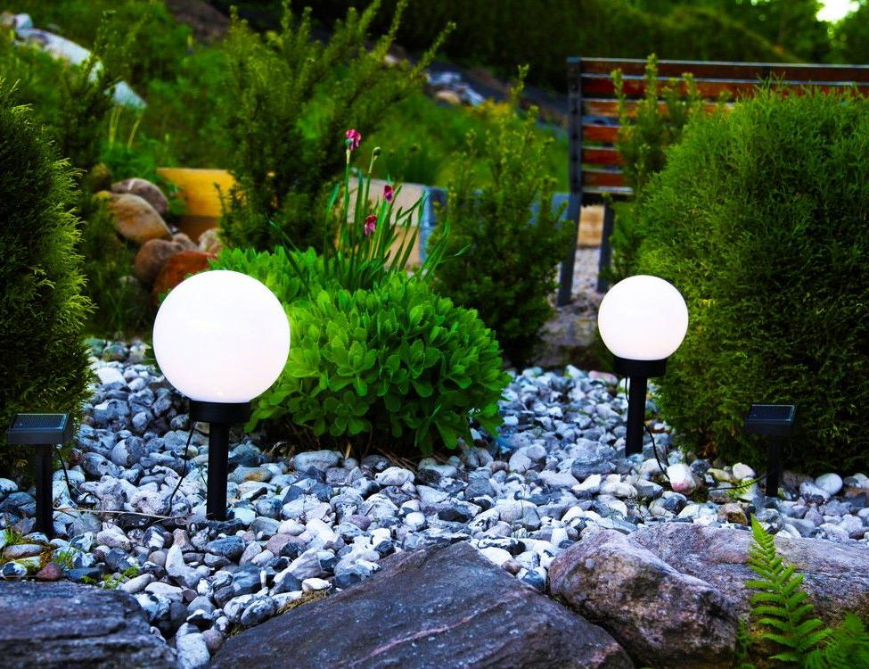 Светящиеся камни и водоем из покрышки: чем создать уют на даче - платные и бесплатные варианты