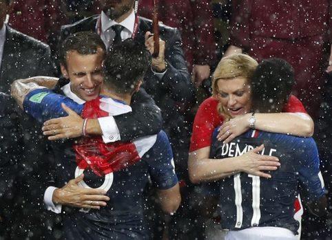 Футбольные страсти президентов: Когда забыл, что пришел на вечеринку с женой