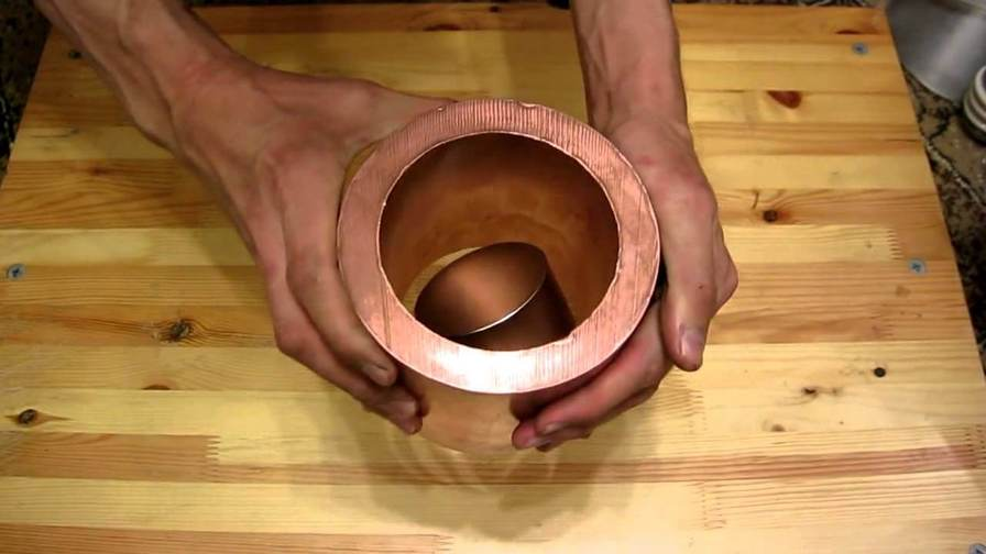 Эксперимент: Как взаимодействуют медь и магнит