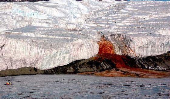 Почему кровоточит Антарктида? 106 летняя загадка раскрыта!