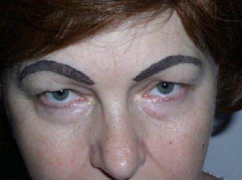 12 пугающих доказательств того, что на татуаже бровей не стоит экономить